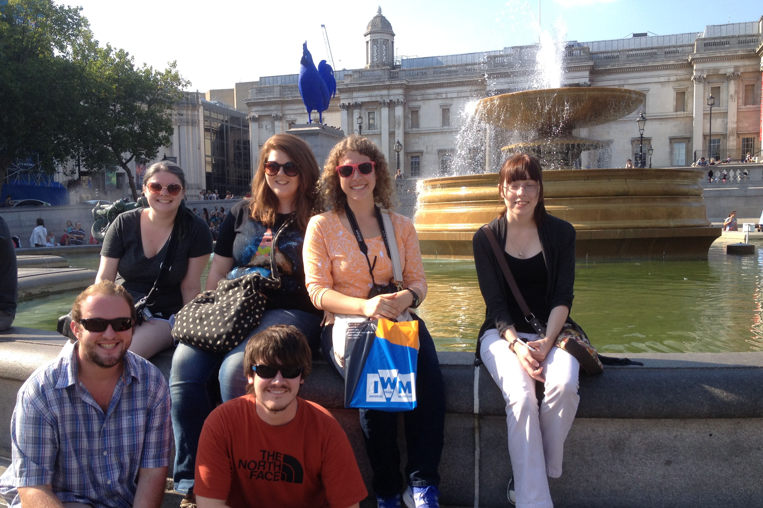 Motlow students pose in London with study abroad program