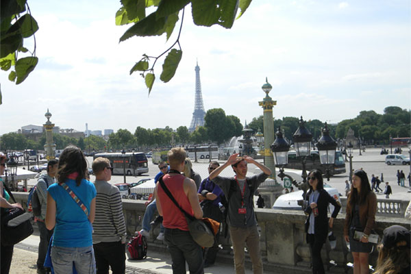Motlow students pose in Paris with study abroad program